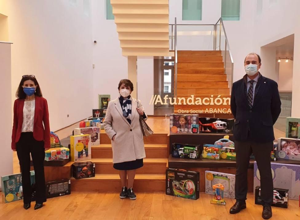 La entrega de jugetes de Ferrol se realizó en la sede de Afundación - FOTO: Cedida
