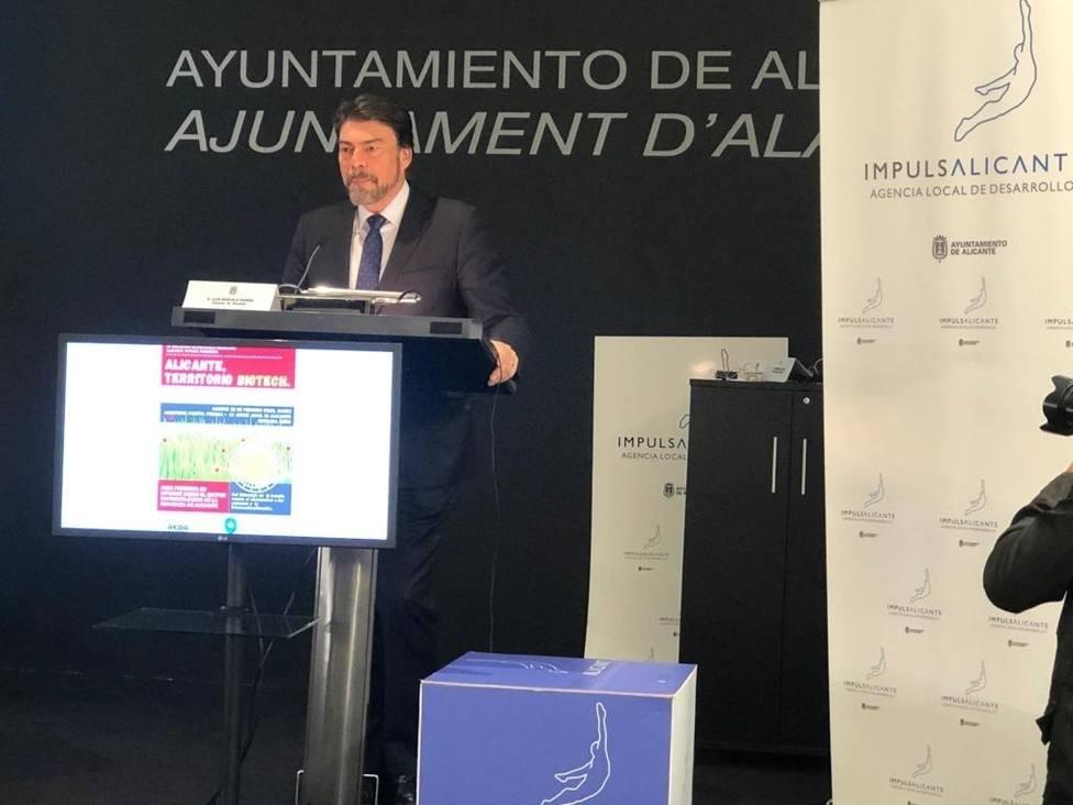 Alicante anuncia nuevas medidas y pone a disposición sus dependencias para reforzar la vacunación