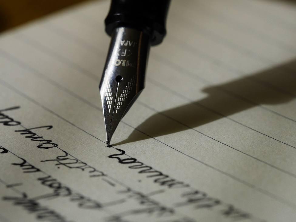 ctv-sia-writing-1209121 1920