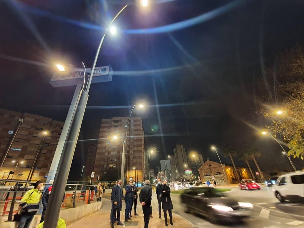 Lorca destina cerca de 9.000 euros al refuerzo de la iluminación de la Alameda de Cervantes