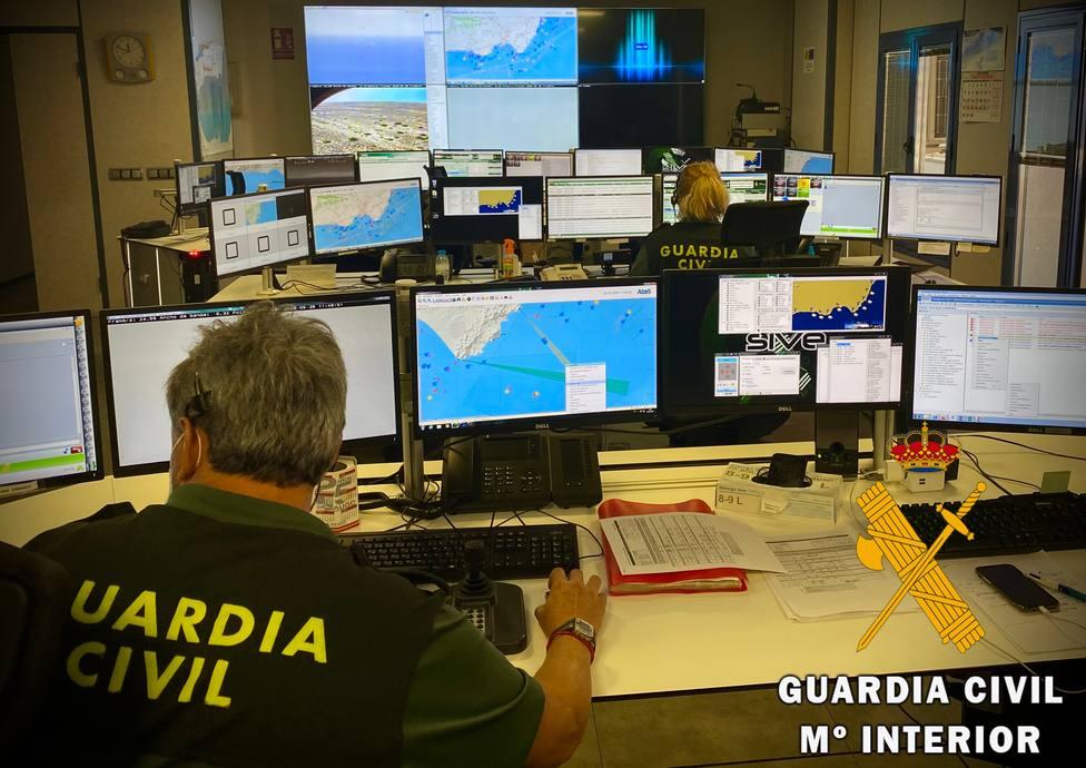 Detenido en Almería por simular un secuestro para justificar que había roto el precinto de su embarcación
