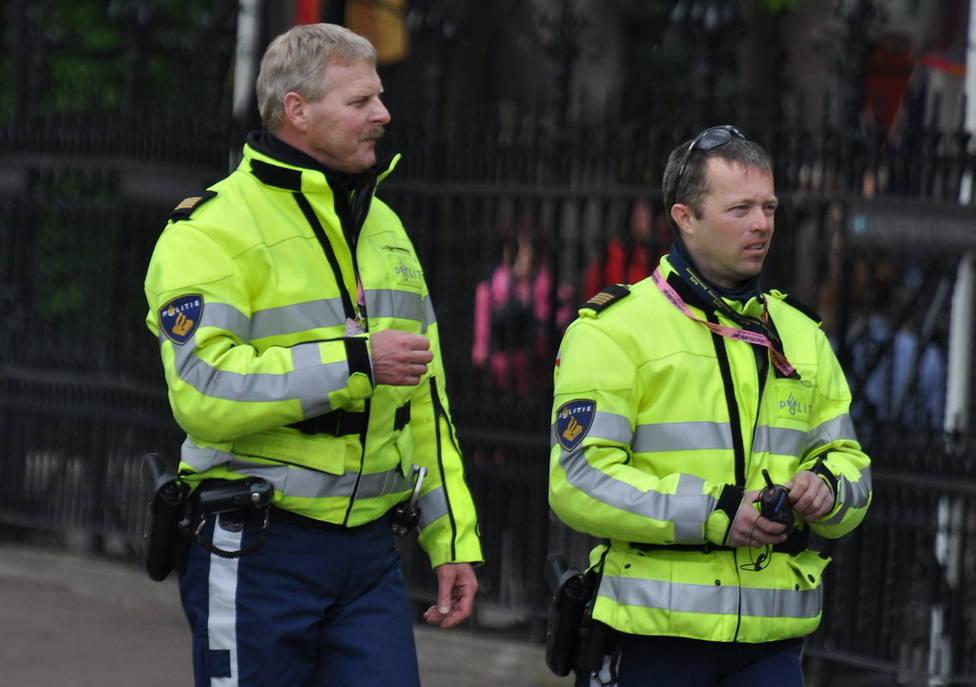 Un muerto y cinco personas heridas por apuñalamiento en Ámsterdam