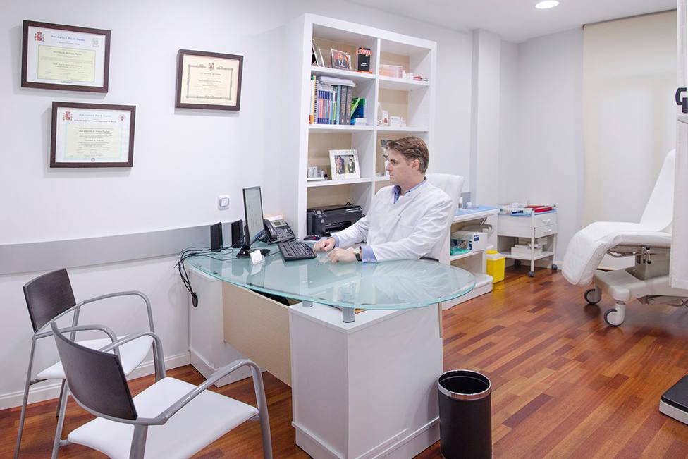 Consulta del Dr. Eduardo de Frutos