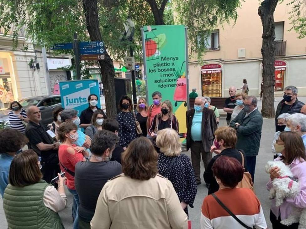 Junts pide a Colau corregir el sistema de recogida de residuos puerta a puerta en Sant Andreu