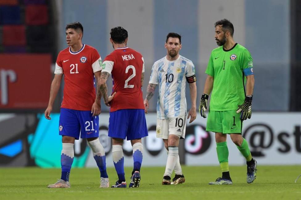 Messi y Claudio Bravo
