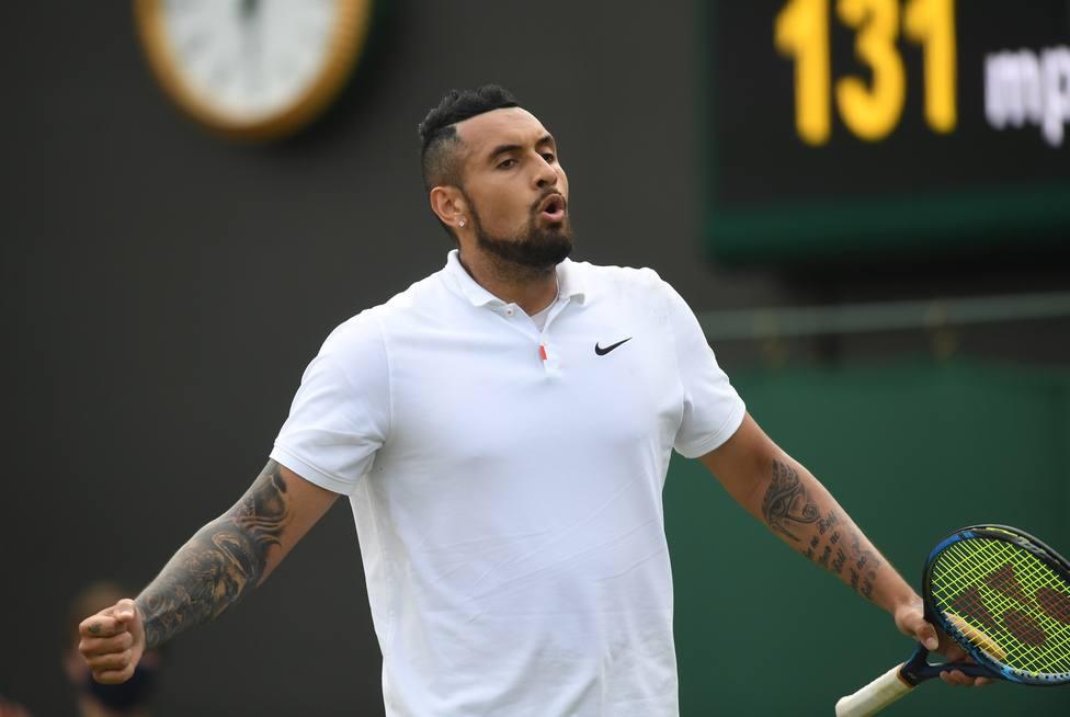 El tenista Kyrgios disputando un partido de Wimbledon