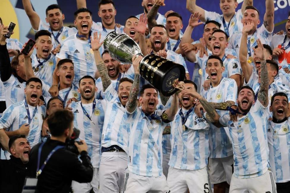 Argentina se lleva la Copa América y Leo Messi levante el título de campeón