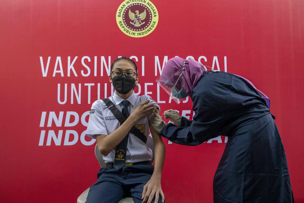 Indonesia registra más de 54.500 contagios de coronavirus, un nuevo récord de casos diarios