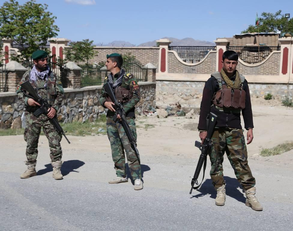 Al menos seis heridos en un ataque con coche bomba a la residencia del ministro de Defensa afgano
