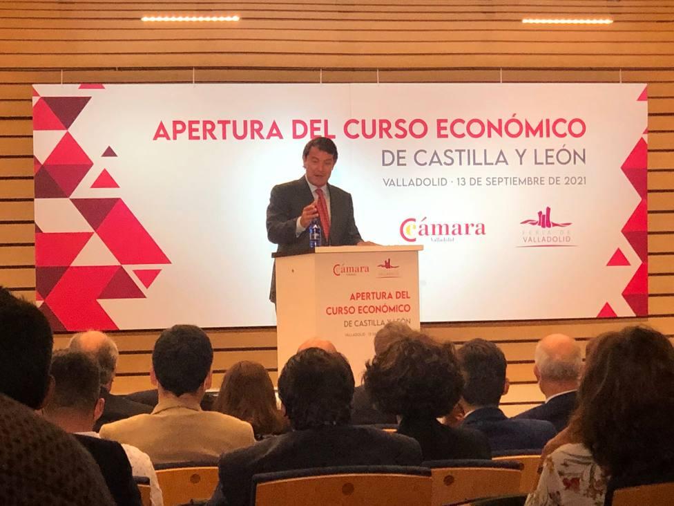 EL PRESIDENTE DE LA JUNTA CLAUSURA LA INAUGURACIÓN DEL CURSO ECONÓMICO