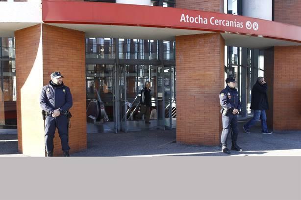 En Comú pide cuentas al Gobierno por el protocolo de actuación ante el falso aviso de bomba que paralizó Sants y Atocha