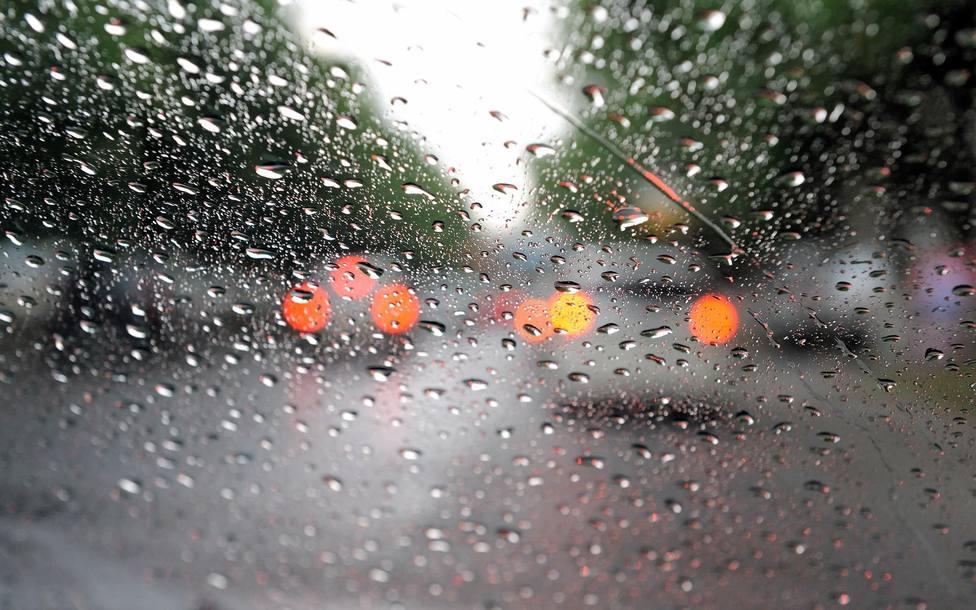 Más de 255.000 alumnos valencianos de 84 municipios no tendrán clase este jueves por las lluvias