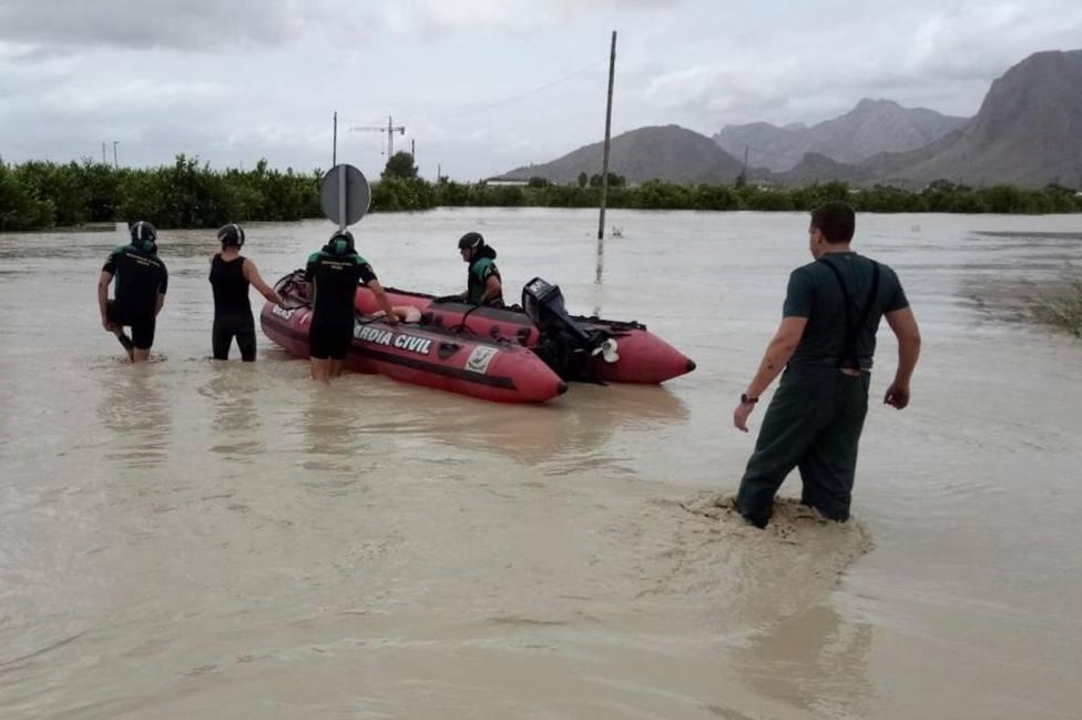 La Guardia Civil rescata a 650 personas en las zonas de Alicante afectadas por la DANA desde el miércoles