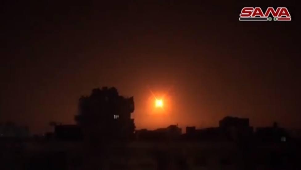 Los sistemas de defensa antiaérea de Siria interceptan varios misiles en el espacio aéreo de Damasco