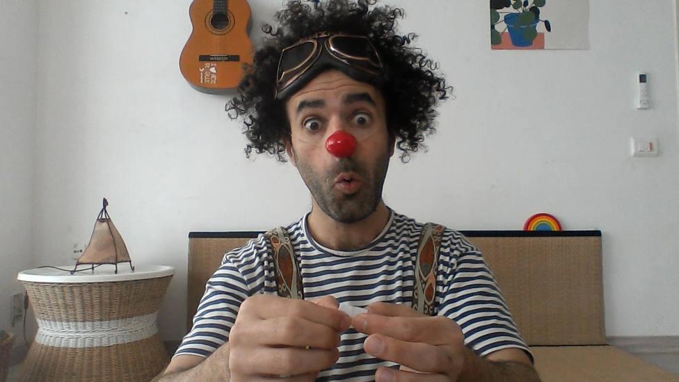 Cápsulas clownéticas, la propuesta de los payasos de Sonrisa Médica para alegrar cada día a los niños