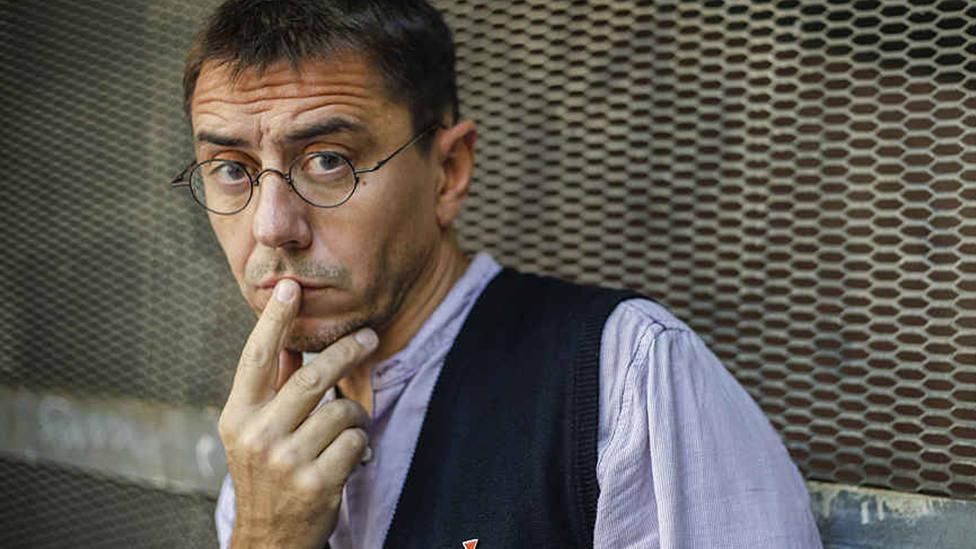 La foto de Errejón en el Congreso que provoca esta reacción de Monedero: Qué tristeza