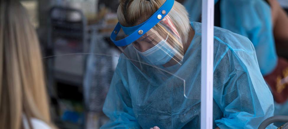EEUU podría autorizar de forma inminente las transfusiones de plasma con anticuerpos a enfermos de COVID-19