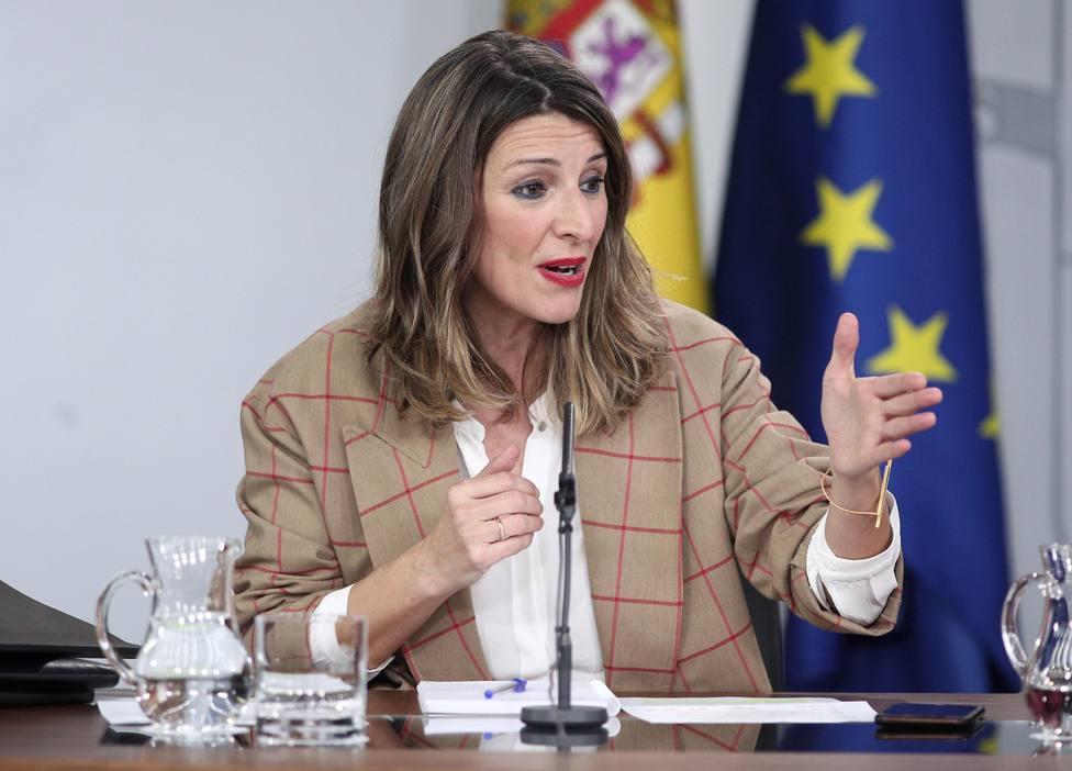 ctv-1ty-europapress-2655794-la-ministra-de-trabajo-y-economia-social-yolanda-diaz-comparece-en-rueda-de-prensa-tras-el-consejo-de-ministros-en-moncloa-en-madrid-espana-a-18-de-febrero-de-2020