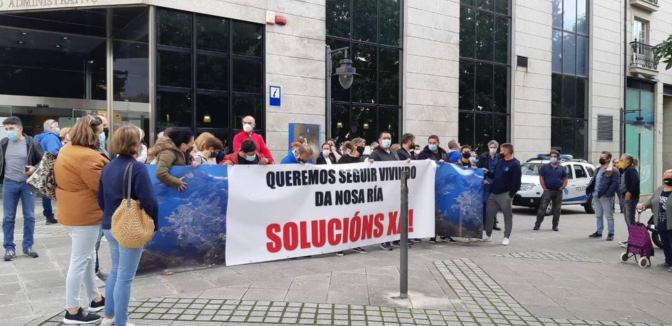 Foto de archivo de una concentración de los mariscadores de la ría de Ferrol - FOTO: Cedida