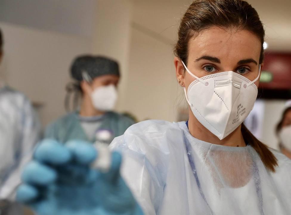 Foto primeras vacunas contra el Covid-19 (SESPA)