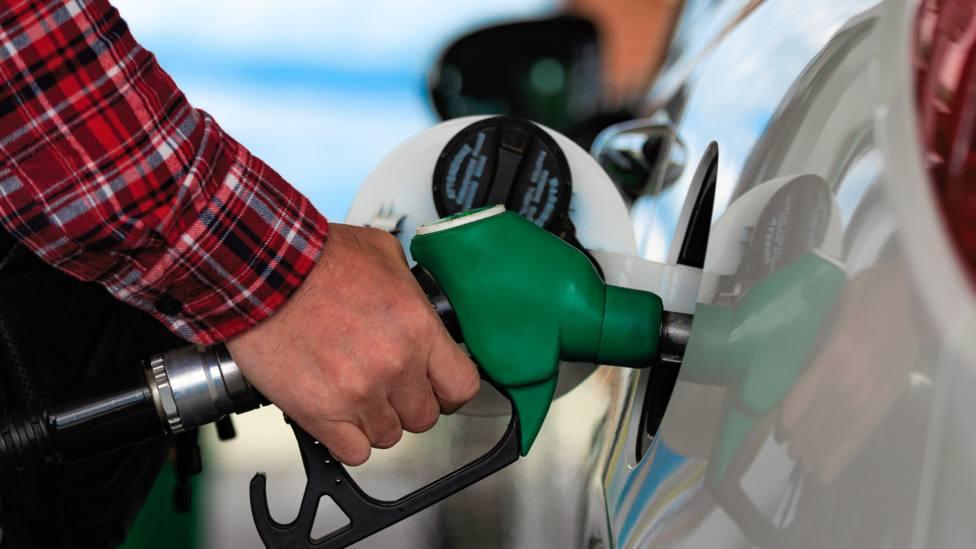 Gasolinera, imagen de recurso