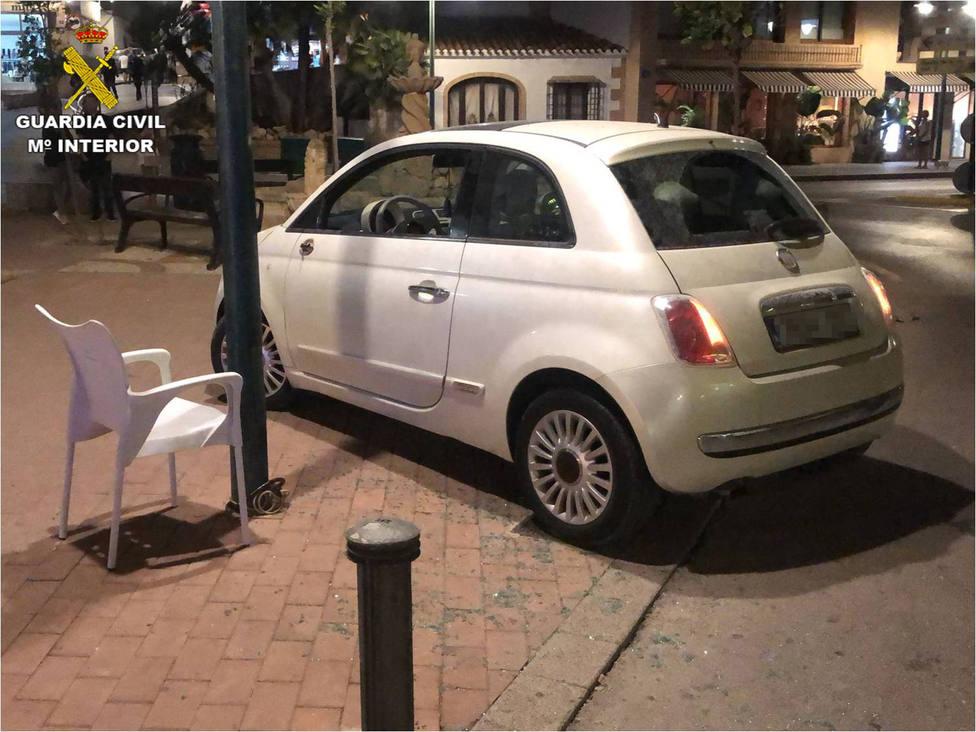 Arrolla la terraza de restaurante de Jávea con la intención de atropellar a un cliente