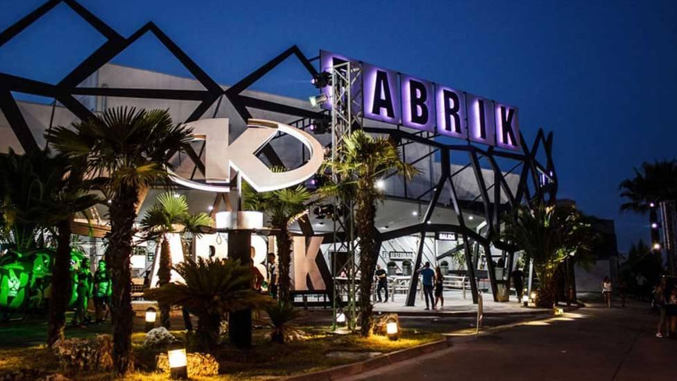 Dos detenidos por robar 28 móviles en una sola noche en la discoteca Fabrik