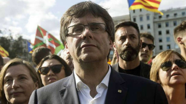 Puigdemont designa gobierno catalán desde Berlin en una reunión con la directiva del PDeCat