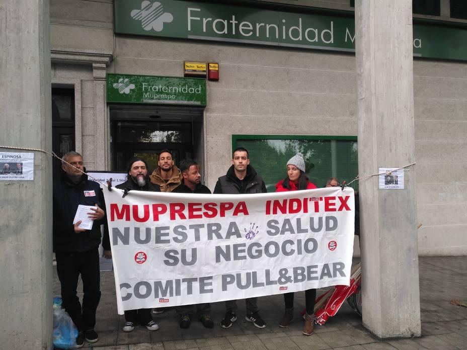 Los trabajadores se concentraron en Ferrol ante la mutua Fraternidad-Muprespa