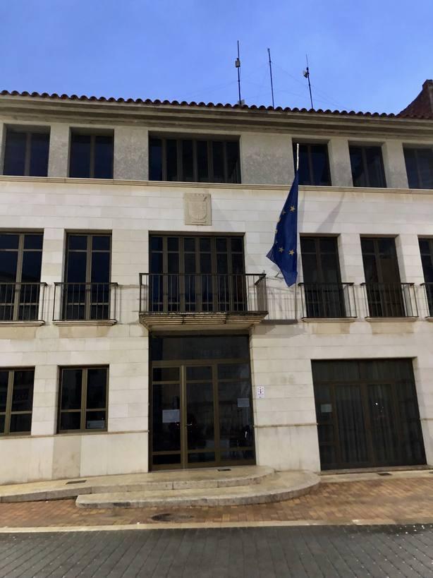 La Jana sin banderas de España y la Comunidad Valenciana