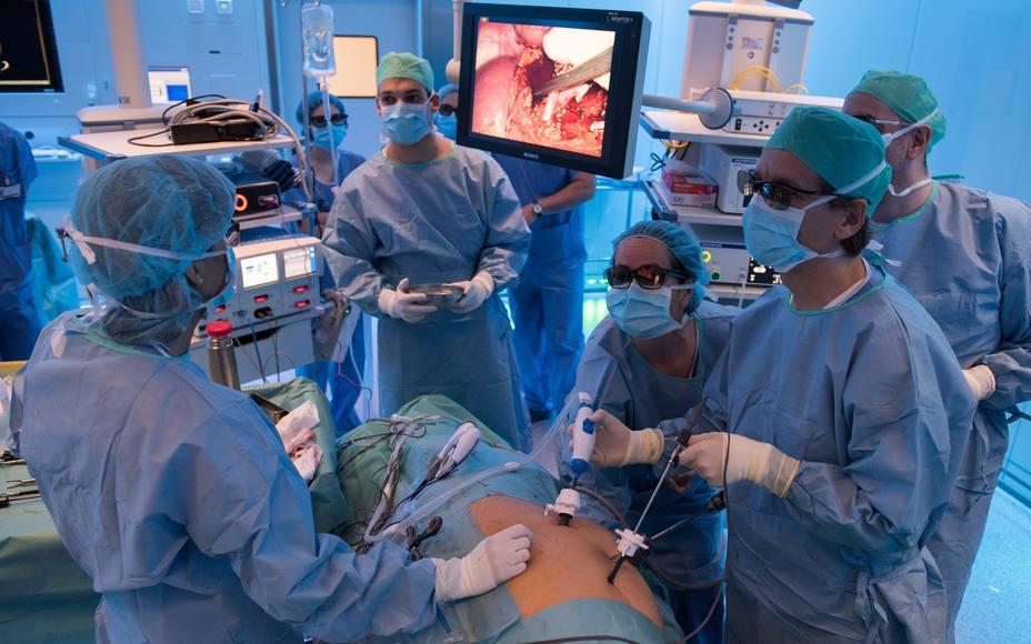 La tasa de éxito del trasplante de riñón es igual si el órgano tiene una lesión renal aguda como si no la tiene