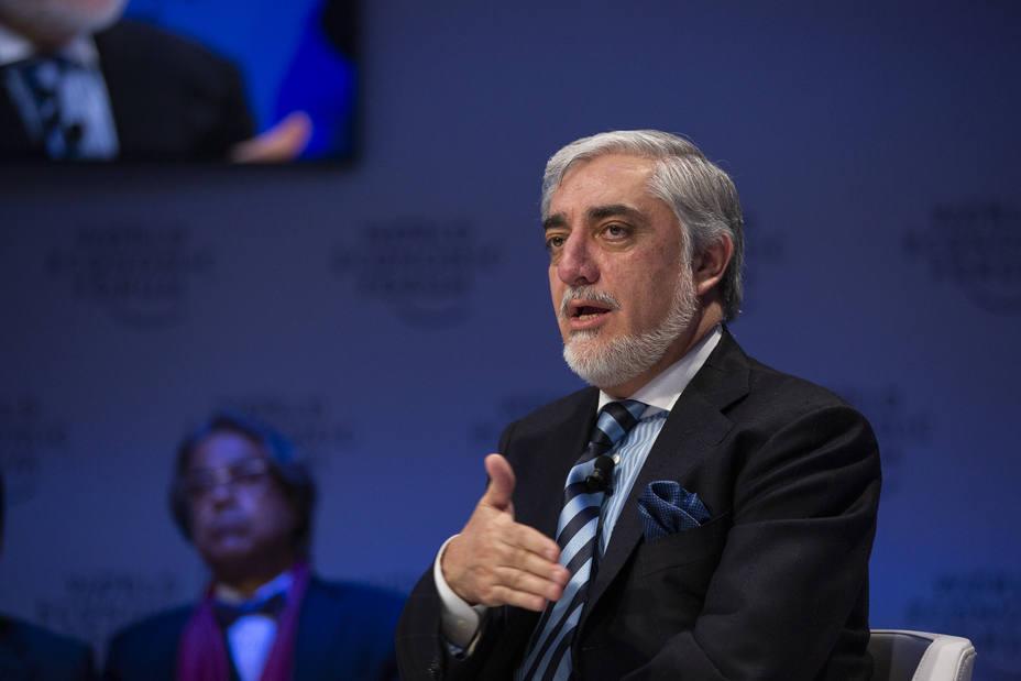 Abdulá dice que la guerra continúa en Afganistán por la cabezonería de los talibán