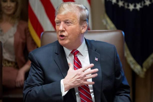 Trump abre la puerta a pagar el muro con México con dinero del Chapo