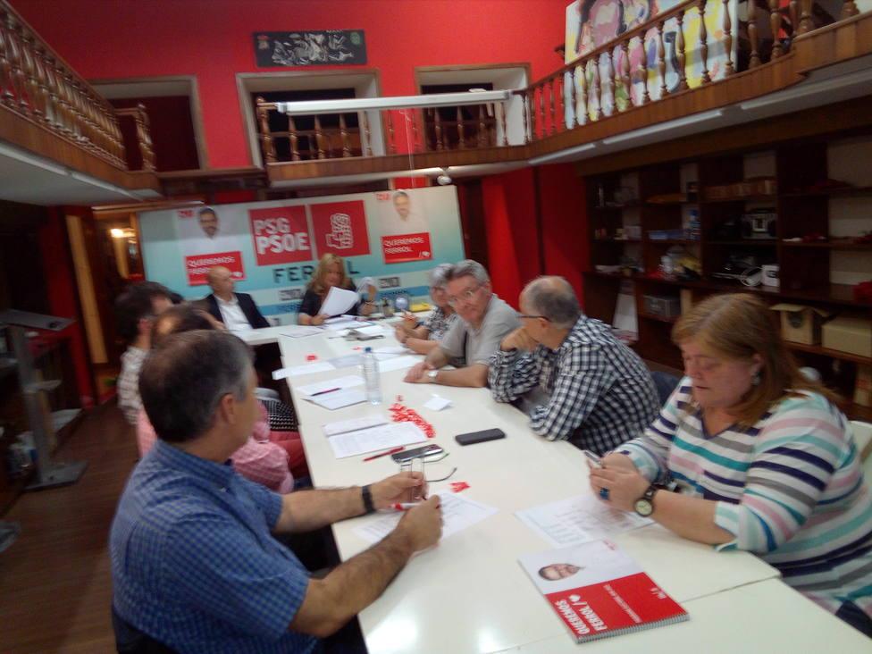 Integrantes de la ejecutiva del PSOE de Ferrol reunidos este jueves en la sede del partido - FOTO: PSOE Ferrol