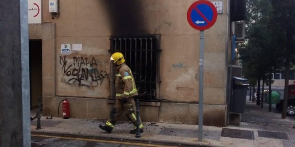 Incendio UGT Cáceres 2