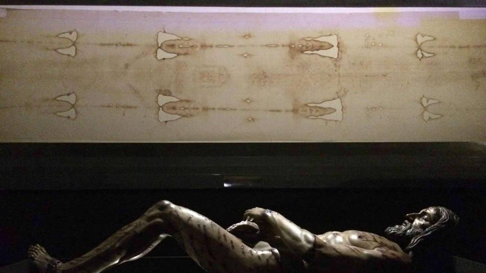 Investigadores piden una nueva investigación de la Sábana Santa
