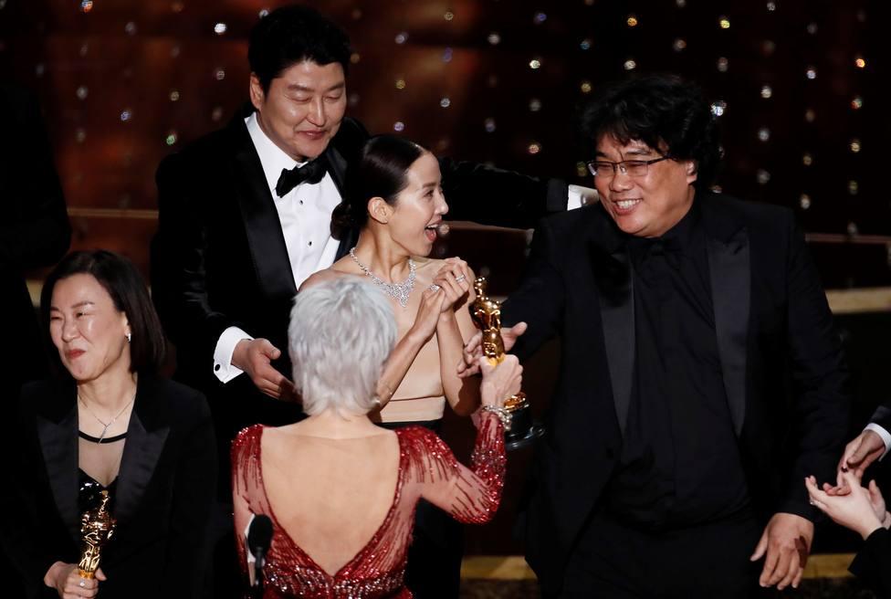 Parásitos da la sorpresa y gana el Oscar a la mejor película