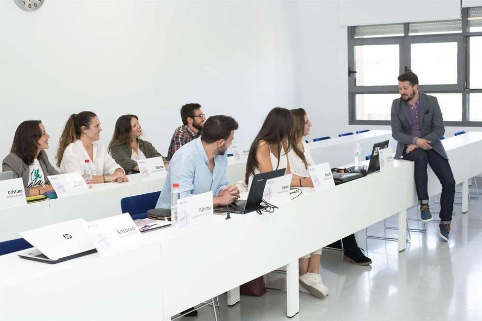 La Universidad Loyola Andalucía amplía el número de Premios a la Excelencia para estudiar un máster