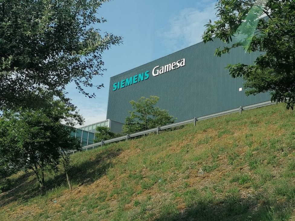 La planta de Siemens Gamesa está asentada en el polígiono industrial de As Somozas