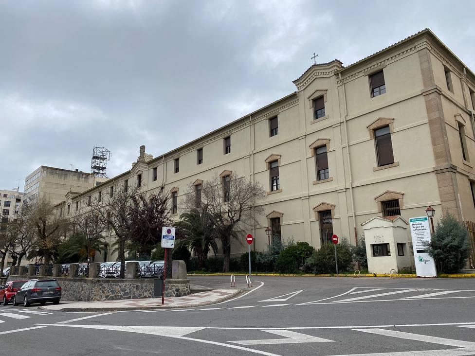 El hospital Virgen de la Montaña reabre el lunes para pacientes COVID