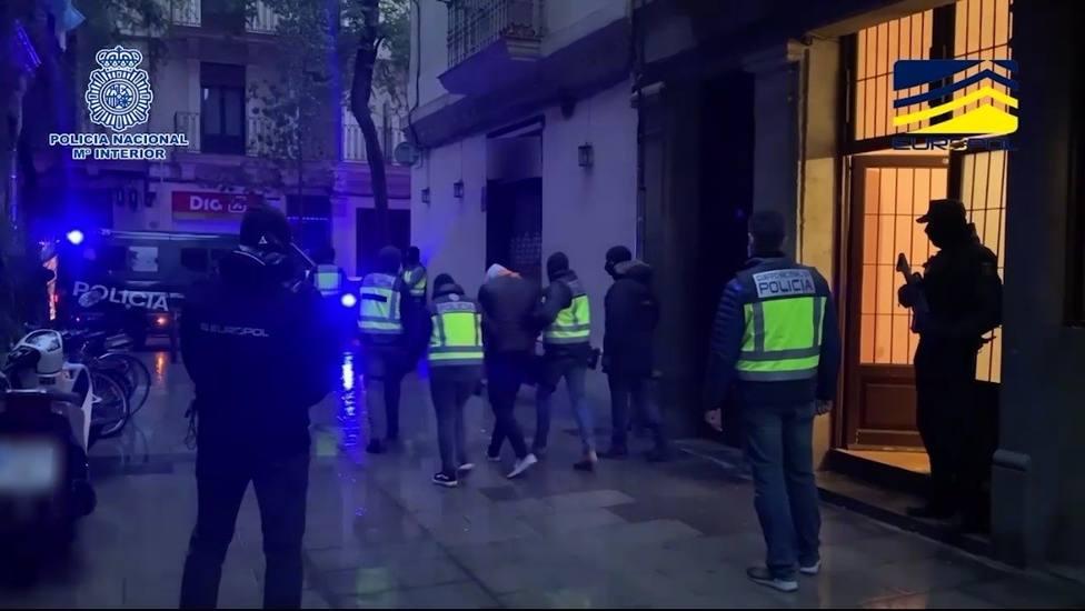 Los presuntos yihadistas de Barcelona llegaron en patera y se dirigían a Francia para cometer un atentado