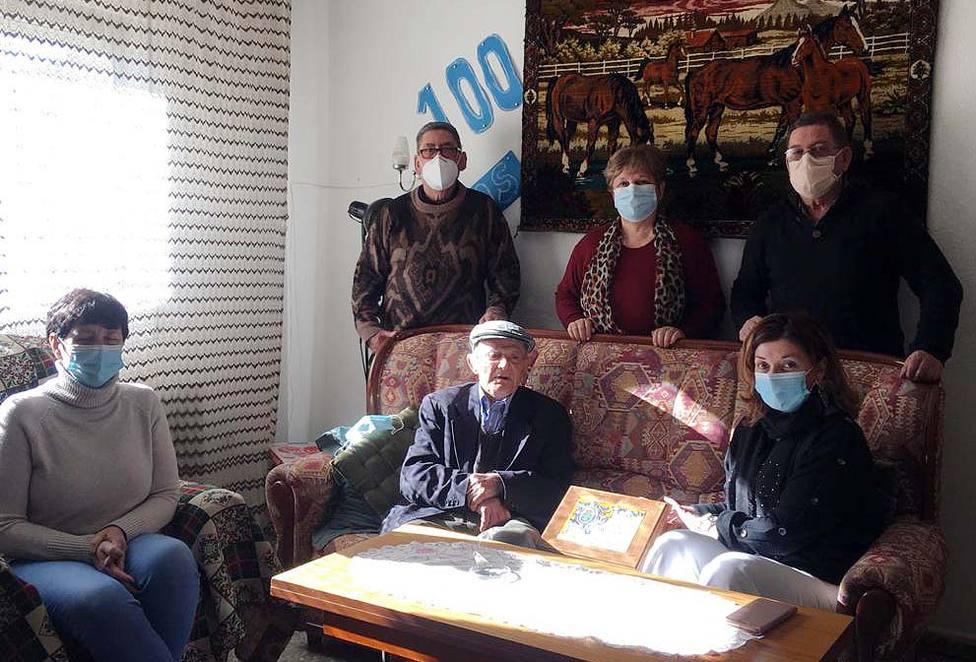 Eloy Sanchez celebra sus 100 años en Mijares