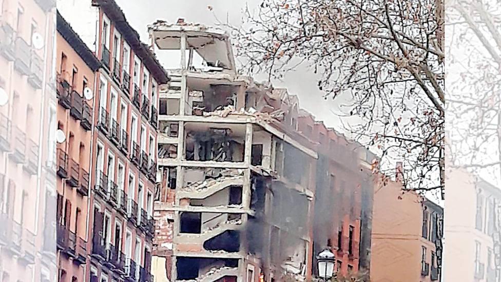El párroco de la Paloma asegura que los fallecidos estaban en la calle Toledo en el momento de la explosión
