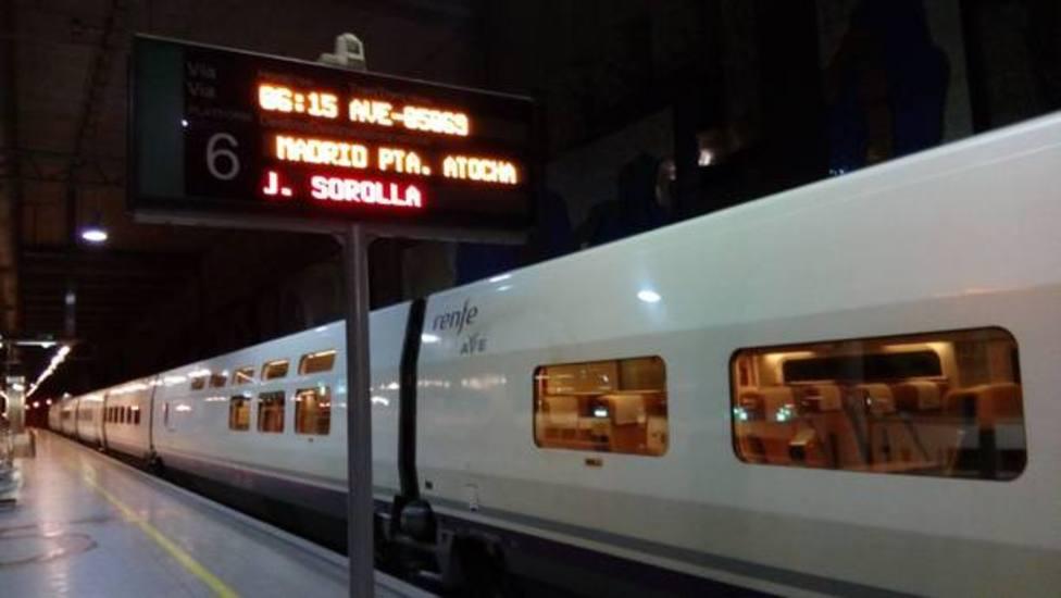 Tren AVE con salida desde Castellón de la Plana