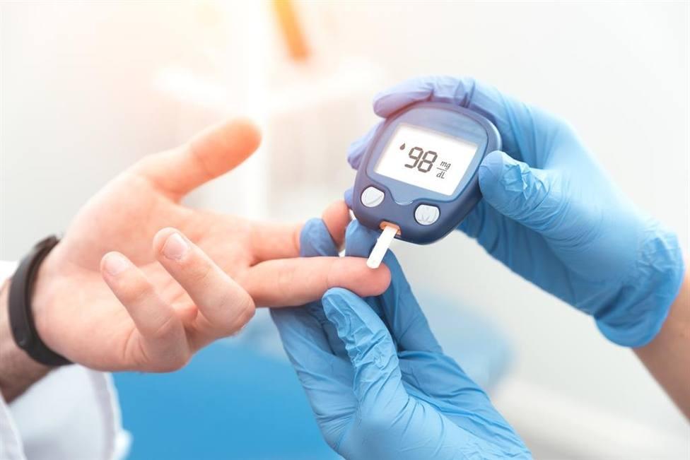 Más de 870 pacientes de Almería con diabetes se benefician del sistema flash de monitorización de glucosa