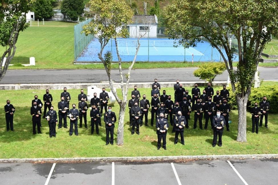 El acto de la ESENGRA acogió a 49 sargentos alumnos. FOTO: Armada