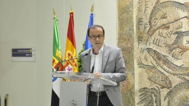 Miguel A. Gallardo, pte de la diputacion de Badajoz
