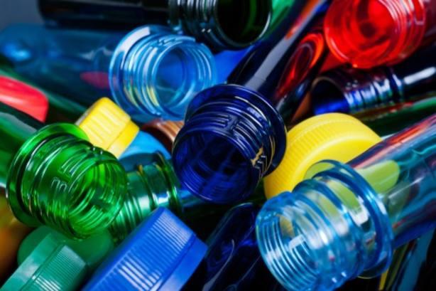 El 85% de los españoles ve insuficientes las medidas para reducir el consumo de plásticos en España, según un estudio