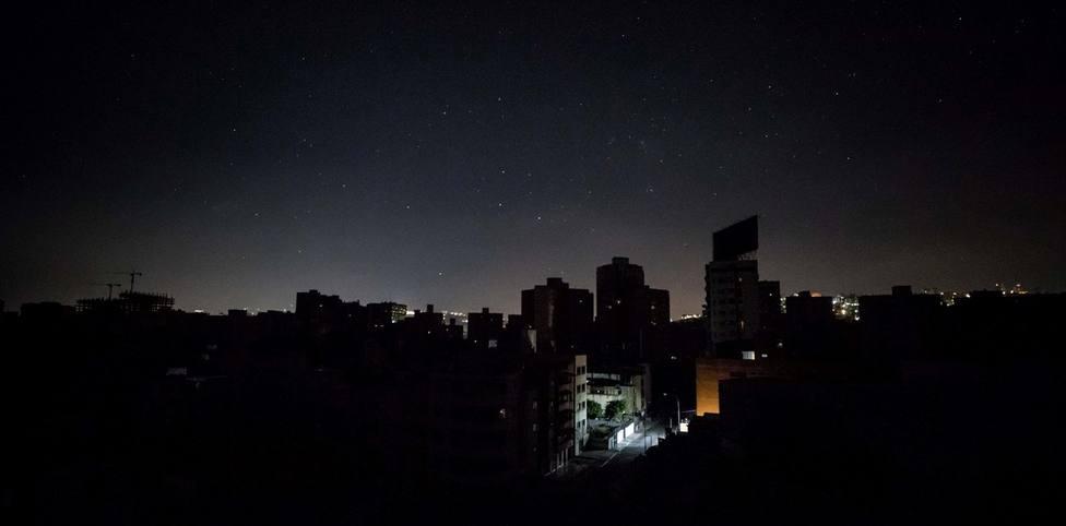 Un apagón deja a oscuras Venezuela