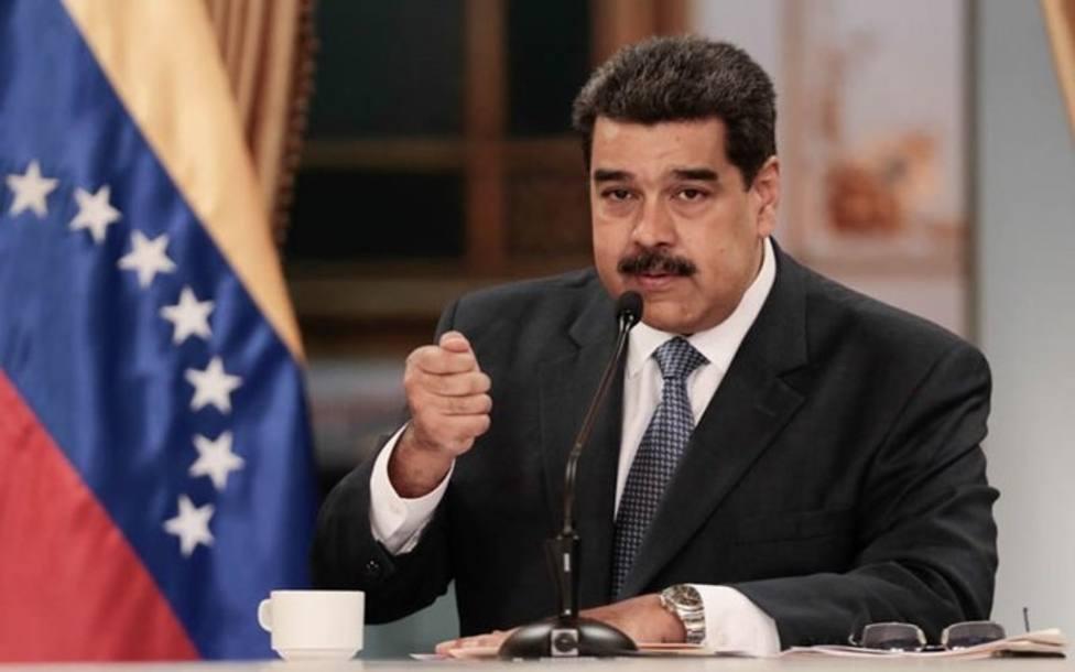 Maduro afirma que al expresidente de Colombia Álvaro Uribe dirige un plan para asesinarle